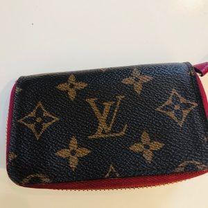 Rare LV wallet multicartes - fuchsia